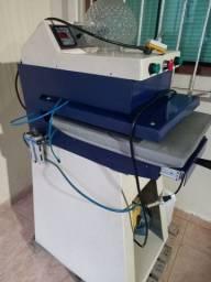 Maquina de imprimir camisas e chinelos
