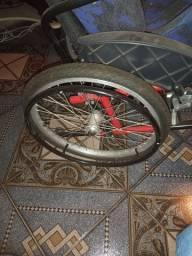 Cadeira de rodas infantil para PCD