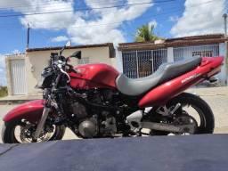 Suzuk gsx 750 cc