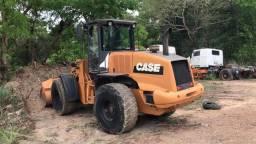 Vende-se está Máquina Case 721E