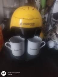 Cafeteira cadense