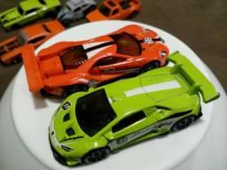 Hot Wheels lote R$ 50
