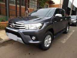 Toyota Hilux CD SRV Diesel 4x4 2017 único dono