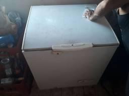 Frezeer  electrolux 1 porta semi novo