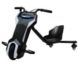 Triciclo drift infantil 120W elétrico até 70kg