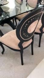 Cadeira medalhão em laca preta