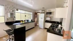Título do anúncio: Sobrado com 4 dormitórios à venda, 280 m² por R$ 750.000,00 - Jardim Santa Alice - Arapong