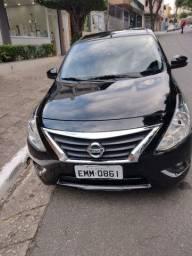 Nissan Versa SL 1.6 automático R$ 37,000