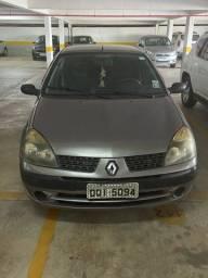 Clio sedã 2005/2006 flex completo