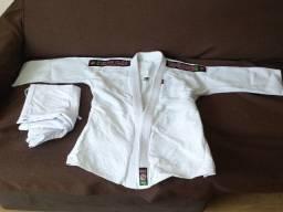 Kimono de Judo Shiroi Trançado Tamanho M4 Branco seminovo
