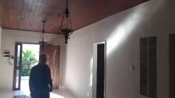 GI12AR - Excelente casa à venda no centro de Camaçari *