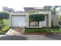 Casa para alugar com 3 dormitórios em Cidade jardim, Uberlandia cod:277835