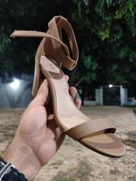 Sandália de Salto Sandelly