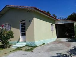 Casa de 3 quartos, sendo 1 suíte - Jardim Glória