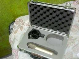 microfone Behringer b2 pro usado