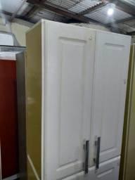 Armário de parede 2 portas cor : marfim/ branco