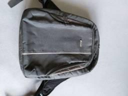 Vendo mochila pra computador notebook
