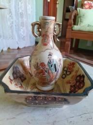 Título do anúncio: Porcelana Chinesa da década de 1970, 3 peças