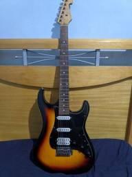 Oportunidade top top top! Guitarra Strato