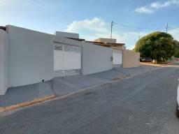 Vende-se casa com 3/4 no bairro Novo Horizonte em Várzea Grande MT.