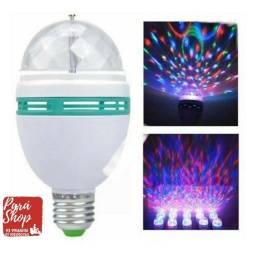 Lampada de Led giratória com jogo de luz