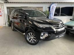 Título do anúncio: Toyota Sw4 Srx 2.8 Tdi 7 Lugares Mod 2017 Super Novo Prestige Automóveis