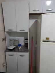 Pequeno armário de cozinha 150,00