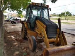 Vendo retroescavadeira cat 416d 4x2 ano 2005