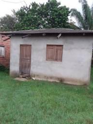 Vendo está casa em novo Airão R$:30.000