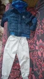 Jaqueta e calça menino tamanho 6 por 50