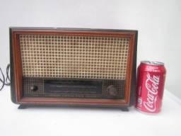 Radio Antigo Invictus Valvulado (ler descrição)