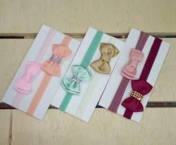 Kits de tiaras e laços de velcro para sua princesa!!!!