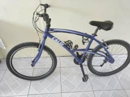 Barbada!! Bicicleta 26 Caloi 100 com quadro de alumínio e aros aéreos.