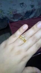 5d73aa16369 Vendo este anel de ouro por 700 reais