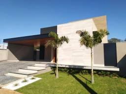 Excelente residência de Alto Padrão, recém construída no Residencial Villa Dumont, com: