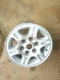 Par de rodas silverado aro 15 ,6 furos em perfeito estado.ACEITO TROCAS E PROPOSTAS - 1998