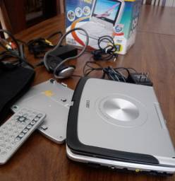 DVD portátil 7'' Widescreen dvd player with Rotating Screen TF-DVD7333