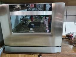 Lava-louças Electrolux LE06X 6 Serviços com Visor Externo e Painel Blue Touch