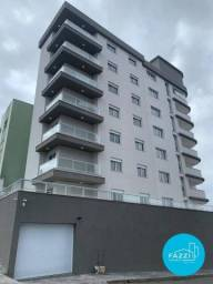 Apartamento com 3 dormitórios para alugar por R$ 2.200,00/mês - São Benedito - Poços de Ca