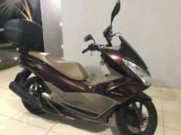 Honda PCX 150 DLX 16/17 muito nova!