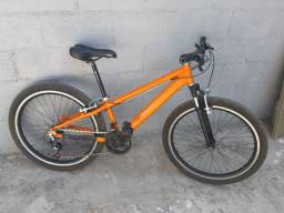 Bicicleta aro 26 galo 750,00$
