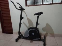 Bicicleta Ergométrica Dream Fitness Mag 5000 V - Usada apenas 2 vezes
