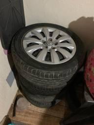 Rodas 15 VW de ferro 5 furos com pneus