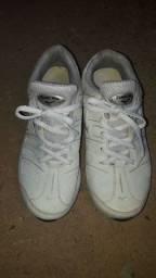 1 tênis seminovo tamanho(37)45$$