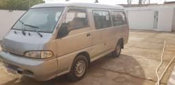 Van h100 Hyundai   12 lugares  *