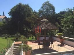 """Casa super charmosa no bairro Itaguaçu   Para você que gosta de viver em meio a natureza"""""""