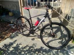Bicicleta mtb Everest pro