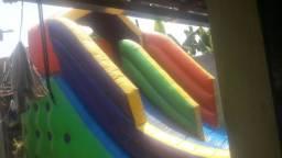 Tobogã inflável