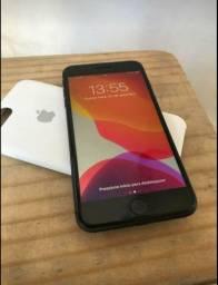 IPhone 8 plus 64 gb vendo ou troco