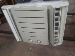 Ar condicionado de gaveta usado Springer